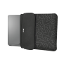 """Yvo Reversible Sleeve for 15.6"""" Laptops with wireless mouse - black hearts-Visual"""